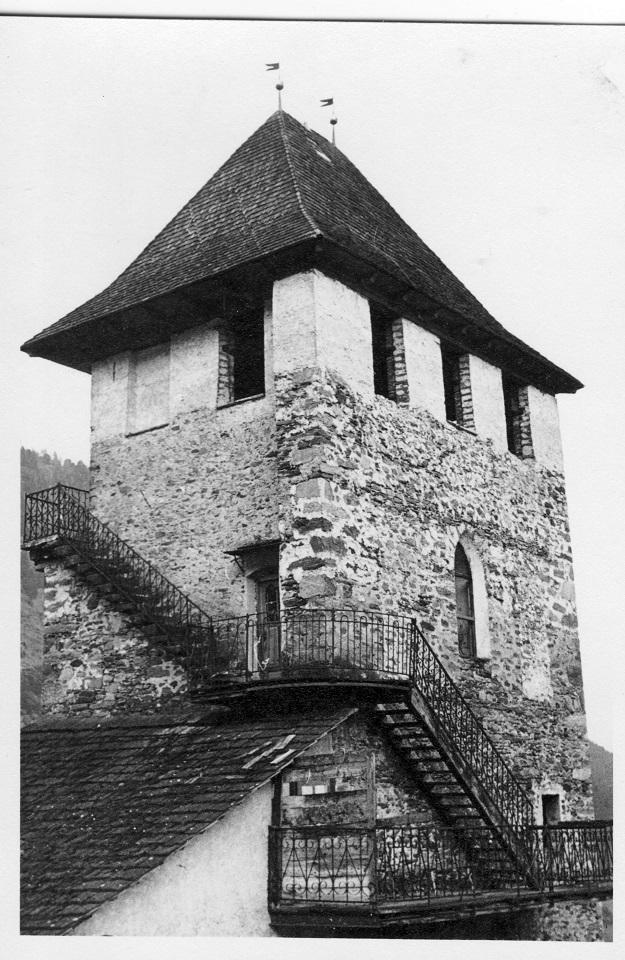 Ein historisch sicher sehr interessanter Turm, irgendwo in Kärnten