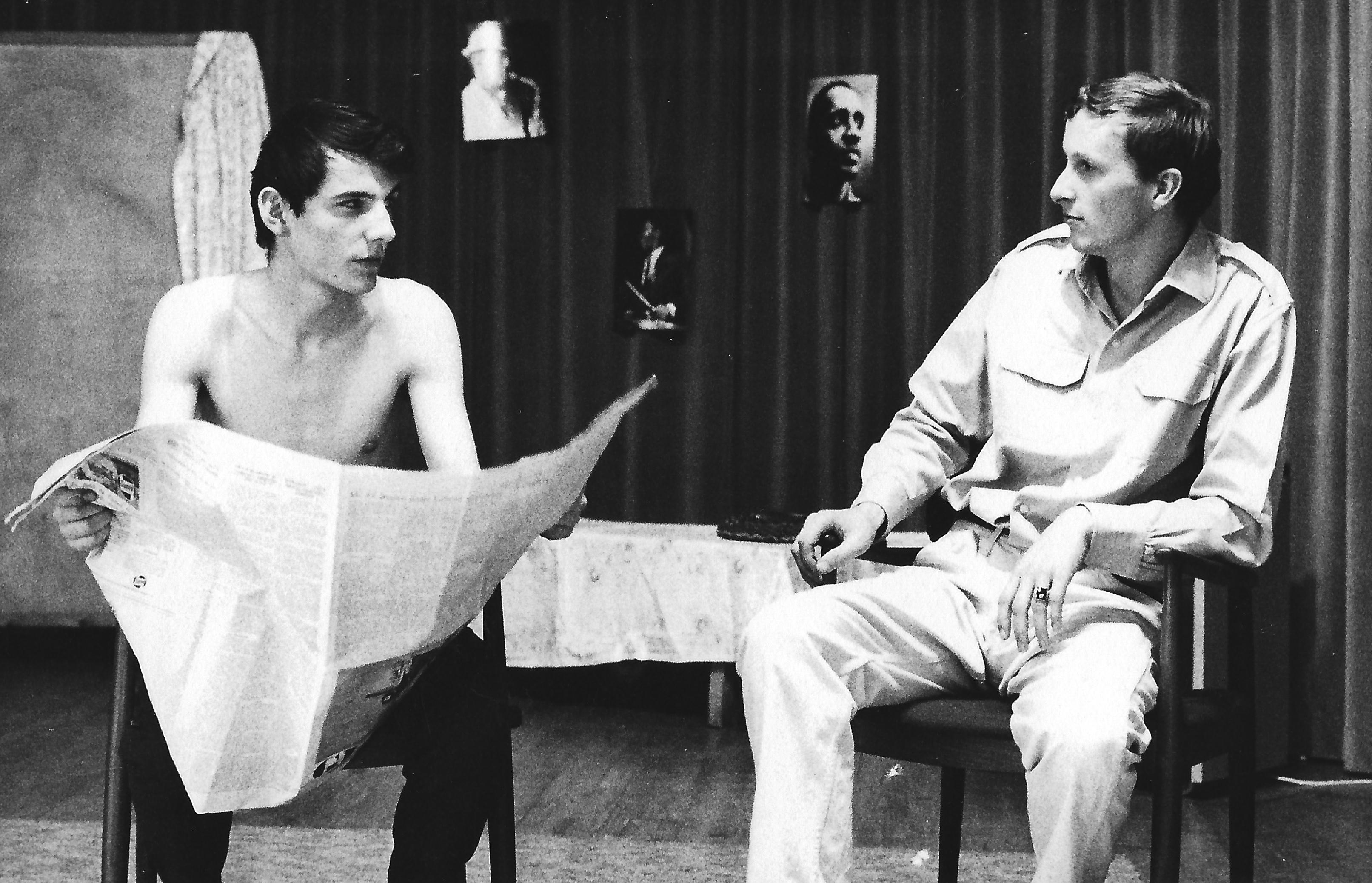 """""""Blick zurück im Zorn"""". Regie führte damals Rudolf Buczolich. Alles andere wurde von uns selber gestaltet. Meinrad Nell (li) als Cliff und Dieter Dorner (re) als Jimmy"""